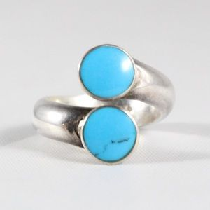 Sterling Silver Turquoise Inlay Wrap-Around Ring 6